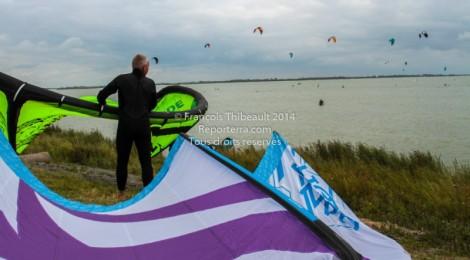Surf cerf-volant à Makkum, Pays-Bas